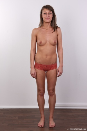Beautiful brunette with sexy body shows  - XXX Dessert - Picture 7