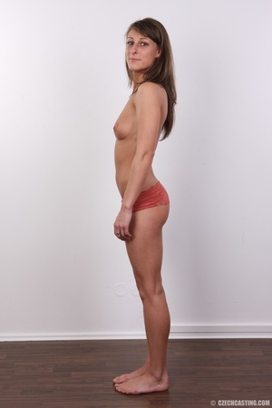 Beautiful brunette with sexy body shows  - XXX Dessert - Picture 8