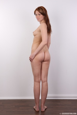 Hot looking chick displays supple booty, - XXX Dessert - Picture 17