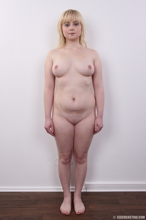 Pretty blonde with sexy chubby figure sh - XXX Dessert - Picture 14