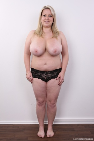 Cute face chubby blonde with real big ti - XXX Dessert - Picture 9