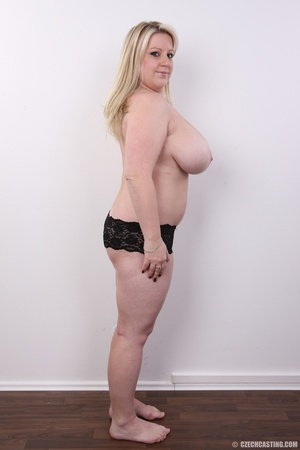 Cute face chubby blonde with real big ti - XXX Dessert - Picture 10