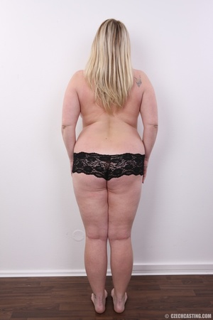 Cute face chubby blonde with real big ti - XXX Dessert - Picture 11