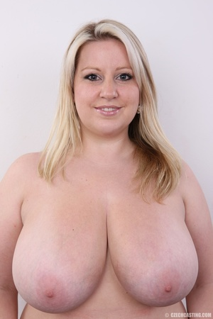 Cute face chubby blonde with real big ti - XXX Dessert - Picture 13
