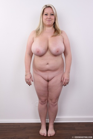 Cute face chubby blonde with real big ti - XXX Dessert - Picture 16