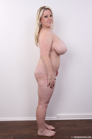 Cute face chubby blonde with real big ti - XXX Dessert - Picture 17