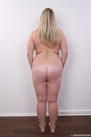 Cute face chubby blonde with real big ti - XXX Dessert - Picture 18