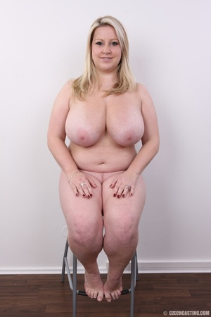 Cute face chubby blonde with real big ti - XXX Dessert - Picture 19