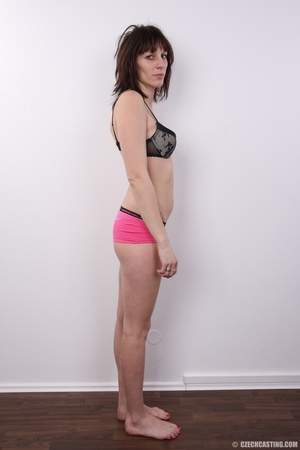 Tall brunette looking for fun strips to  - XXX Dessert - Picture 9