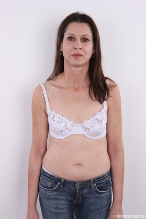 Matured horny mama feeling horny shows p - XXX Dessert - Picture 3
