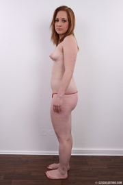 enticing brunette looking for