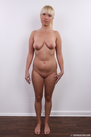 Blonde with seductive body showing big t - XXX Dessert - Picture 13