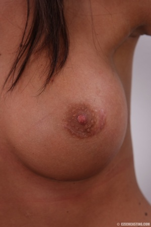 Brown young beauty with perfect round ti - XXX Dessert - Picture 13