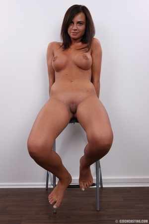 Brown young beauty with perfect round ti - XXX Dessert - Picture 25