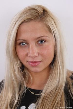 Fleshy tattooed blonde beauty shows slig - XXX Dessert - Picture 1