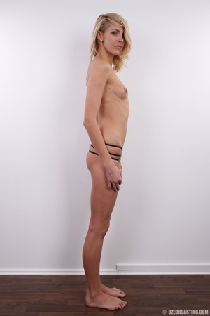 Slim exotic looking blonde shows hot tig - XXX Dessert - Picture 18