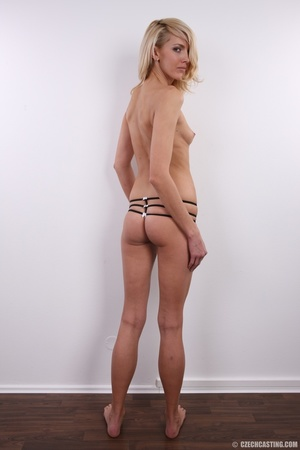 Slim exotic looking blonde shows hot tig - XXX Dessert - Picture 21