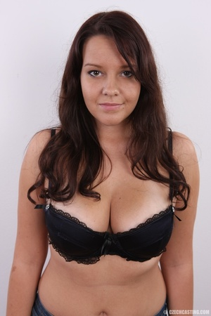 Plump cute faced brunette with sweet big - XXX Dessert - Picture 4