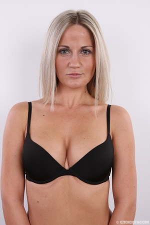 Hot blonde vixen with soft boobs, round  - XXX Dessert - Picture 6