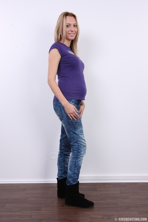 Cute pregnant blonde looking slim and se - XXX Dessert - Picture 4