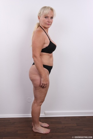 Matured experienced blonde with hairy pu - XXX Dessert - Picture 10