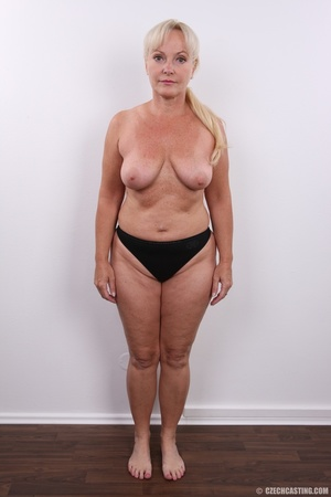 Matured experienced blonde with hairy pu - XXX Dessert - Picture 11