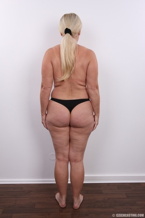 Matured experienced blonde with hairy pu - XXX Dessert - Picture 13