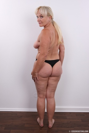 Matured experienced blonde with hairy pu - XXX Dessert - Picture 14