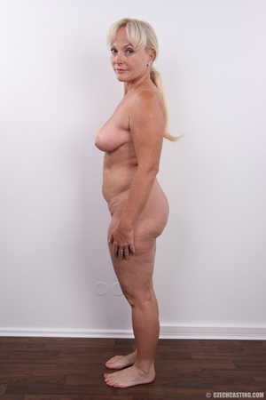 Matured experienced blonde with hairy pu - XXX Dessert - Picture 19
