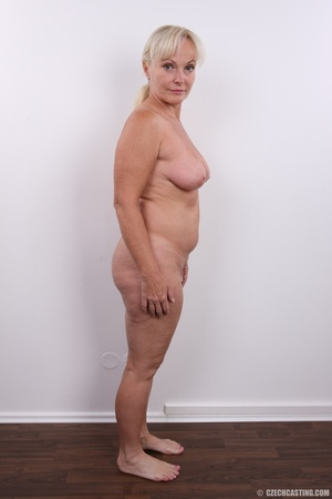 Matured experienced blonde with hairy pu - XXX Dessert - Picture 20