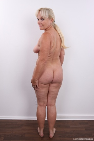 Matured experienced blonde with hairy pu - XXX Dessert - Picture 22