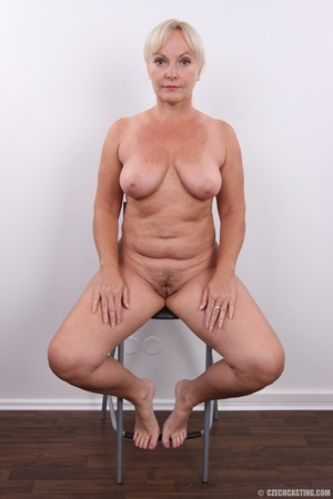 Matured experienced blonde with hairy pu - XXX Dessert - Picture 24