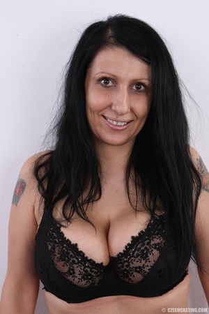 Mature brunette with colorful tattoos, s - XXX Dessert - Picture 4