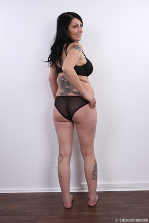 Mature brunette with colorful tattoos, s - XXX Dessert - Picture 7