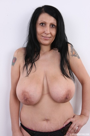 Mature brunette with colorful tattoos, s - XXX Dessert - Picture 9