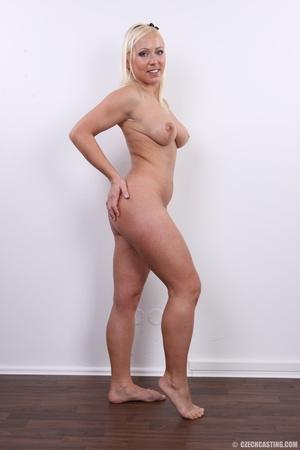 Experienced blonde with hot sweet butt,  - XXX Dessert - Picture 18