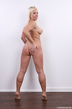 Experienced blonde with hot sweet butt,  - XXX Dessert - Picture 21