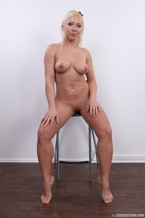 Experienced blonde with hot sweet butt,  - XXX Dessert - Picture 22