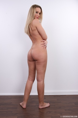 Cute sexy long legged blonde with hot ti - XXX Dessert - Picture 27
