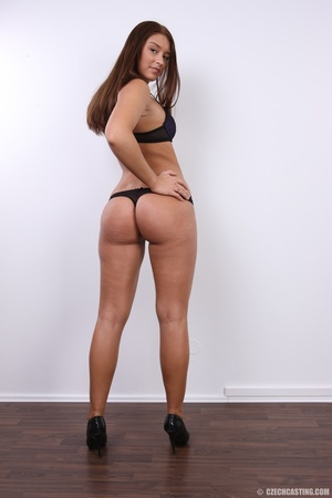 Honey chick with curved butt and sweet l - XXX Dessert - Picture 11