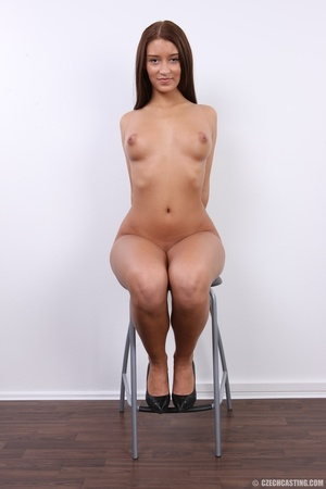 Honey chick with curved butt and sweet l - XXX Dessert - Picture 28
