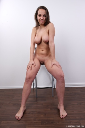 Young babe with sexy eyes and smile show - XXX Dessert - Picture 27