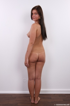 Seductive beauty with tanned skin, long  - XXX Dessert - Picture 18