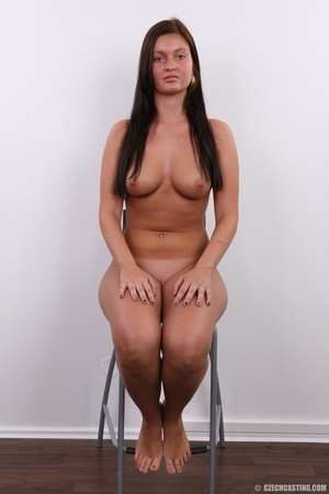 Seductive beauty with tanned skin, long  - XXX Dessert - Picture 19