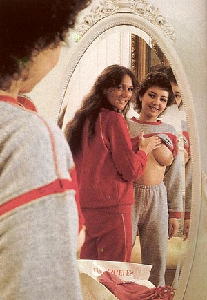 Two hairy seventies lesbians playing wit - XXX Dessert - Picture 4