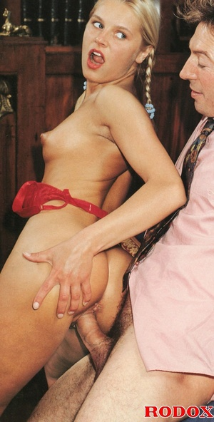 Very cute retro blonde banged by her hor - XXX Dessert - Picture 11