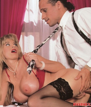 Pretty retro secretary shagging the horn - XXX Dessert - Picture 10