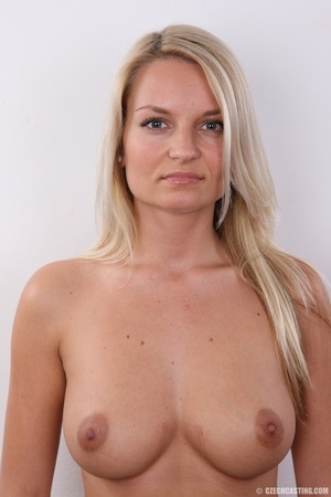 Hot blonde not shy to model her hot sexy - XXX Dessert - Picture 6