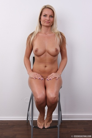 Hot blonde not shy to model her hot sexy - XXX Dessert - Picture 13