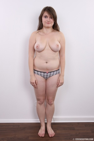 Chubby brunette with big tits shows her  - XXX Dessert - Picture 7